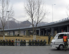 Lhasa March 14 Soldiers